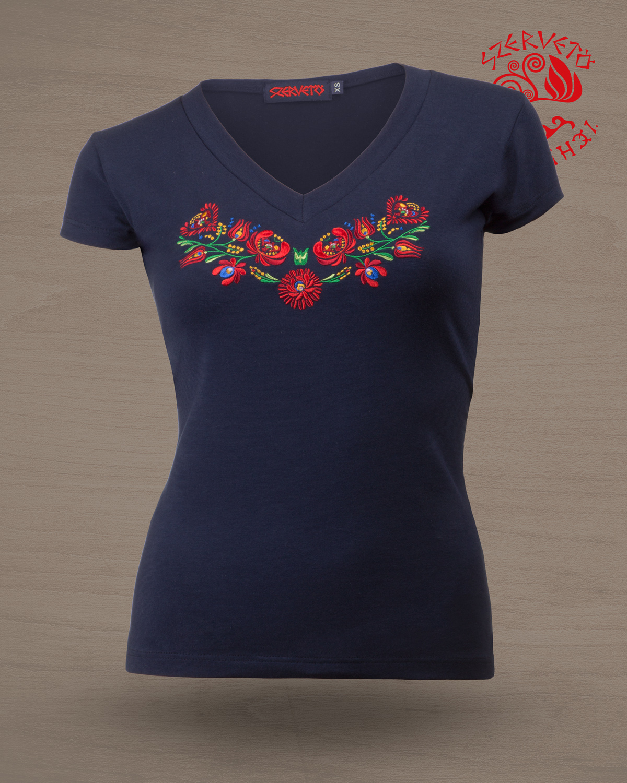 e33d39b322 Szervető-matyó, hímzett, V nyakú, női póló - sötétkék | Női pólók ...