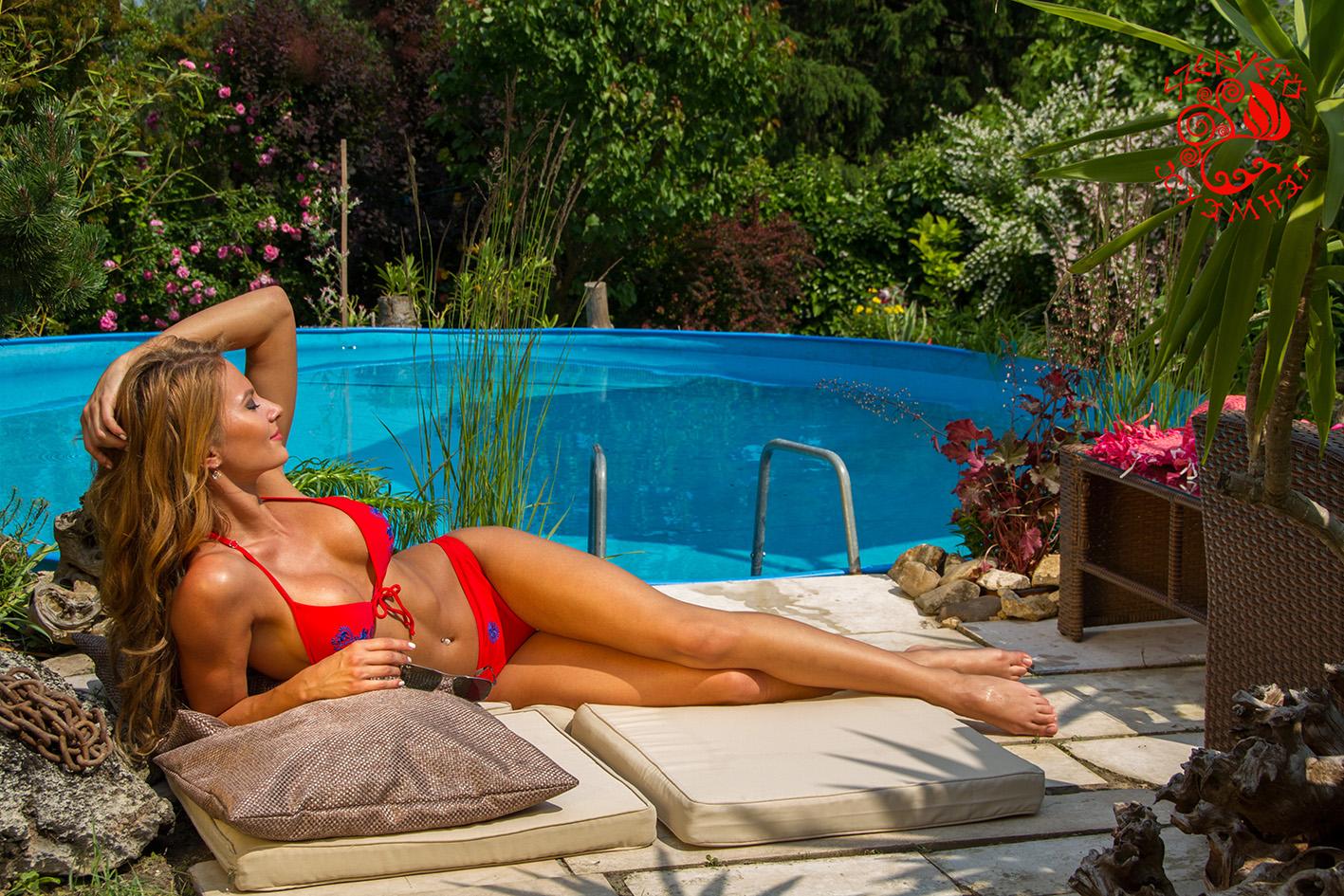 dce5ae6b9e Szervető-matyó bikini - piros-kék | Fürdőruhák | Szervető webáruház